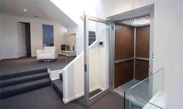 Ascenseur à gaine maçonnée